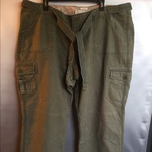 OLD NAVY PLUS SIZE 20 KHAKIS STRETCH PANTS